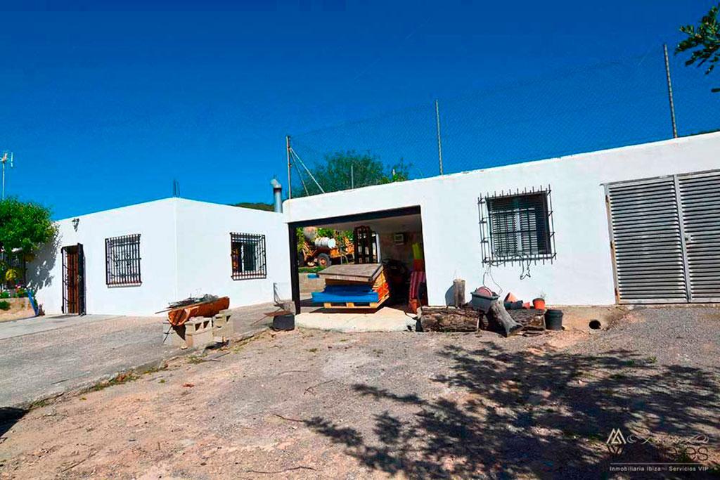4385272620-casas-gemelas-en-cala-gracio-14
