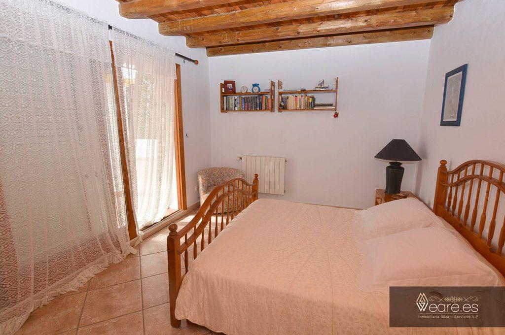 4528934643-villa-de-7-habitaciones-con-apartamento-anexo-y-piscina-17