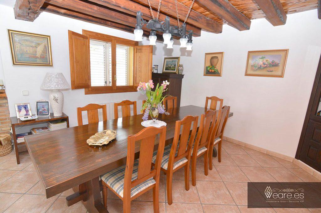 4528934643-villa-de-7-habitaciones-con-apartamento-anexo-y-piscina-18