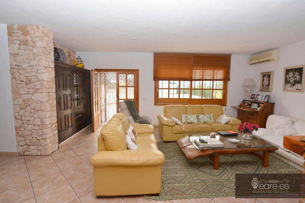 4528934643-villa-de-7-habitaciones-con-apartamento-anexo-y-piscina-19