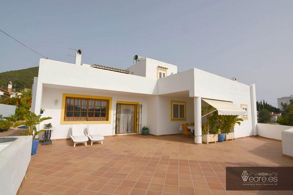 4528934643-villa-de-7-habitaciones-con-apartamento-anexo-y-piscina-7