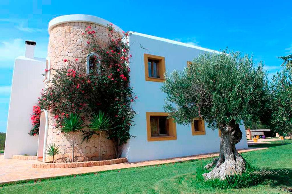 5897957668-villa-en-cala-bassa-15
