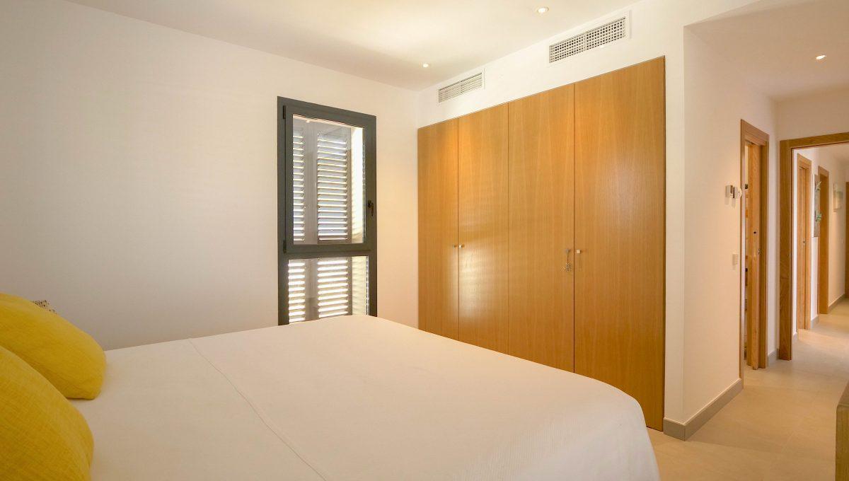 Bedroom 1iv